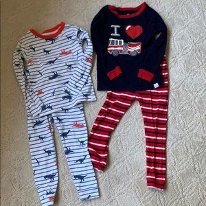 Pair of Gap kids Pj set